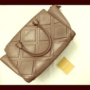 Michael Kors Diamond Grommet Selma Handbag